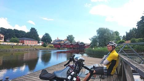 Vestola pyöräretkellä Porvoossa.