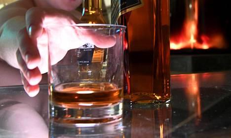 Alkoholivero nousee ensi vuonna 50 miljoonaa euroa.