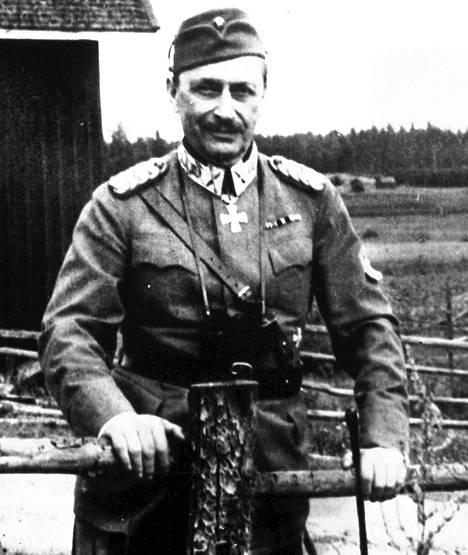 Marsalkka Mannerheim oli Suomen kuudes presidentti. Hänen toimikautensa kesti vuodesta 1944 vuoteen 1946. Kuva 1930-luvulta.
