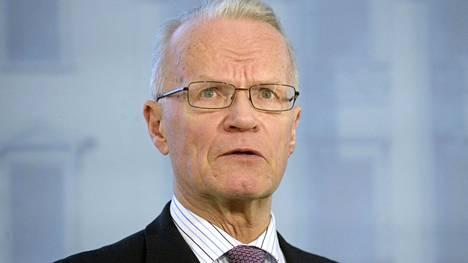 Ministeri Lauri Tarasti ei pidä huippu-urheilulain säätämistä tarpeellisena.