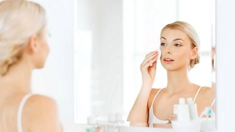 Elintapojen lisäksi geenit vaikuttavat ihon ikääntymiseen.
