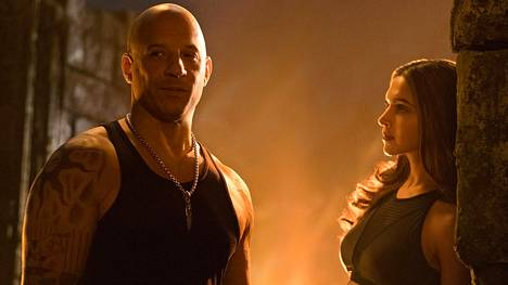 49-vuotias muskelitähti Vin Diesel tekee XXX-sarjan kolmannessa osassa kelpo roolin. Serenaa näyttelee tanskalaissyntyinen intialaistähti Deepika Padukone.