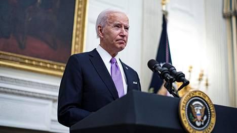 Presidentti Joe Biden Valkoisessa talossa torstaina.
