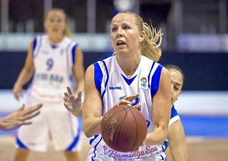Tiina Sten maajoukkueessa 2012.