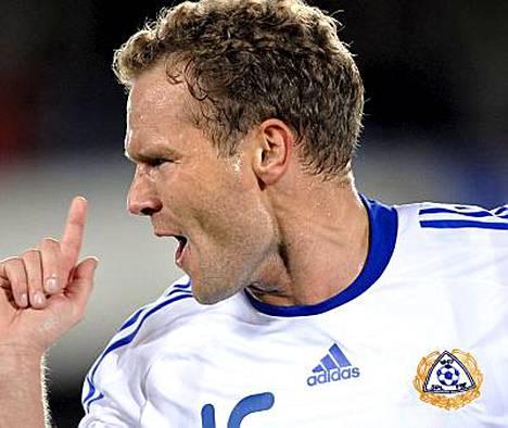 Kahdessa viime A-maaottelussa kolme maalia viimeistellyt Jonatan Johanssonharmittelee tuoretta pohjevammaansa.
