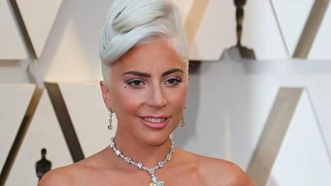 Lady Gagalta riipaiseva avautuminen: kärsi masennuksesta ja itsetuhoisista ajatuksista