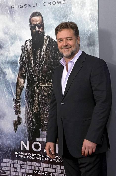 Oscar-voittaja Russell Crowen suoritusta Nooana on ehditty jo maailmalla ylistää.