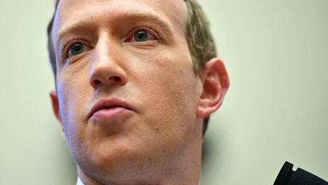 Mark Zuckerbergin puhelinnumero löytyi vuotaneista tiedoista.