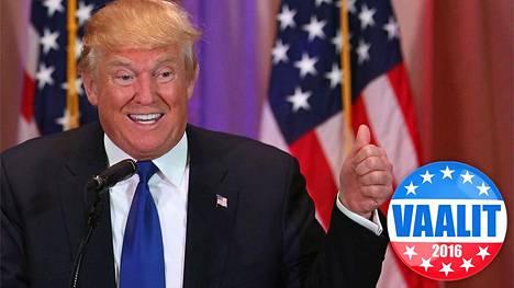 Donald Trump puhui medialle 1. maaliskuuta Floridassa.