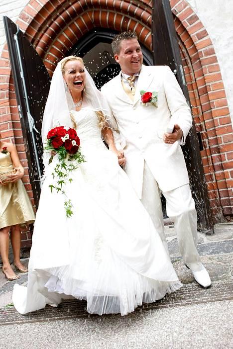 Pariskunnan häitä tanssittiin 27. kesäkuuta 2009.