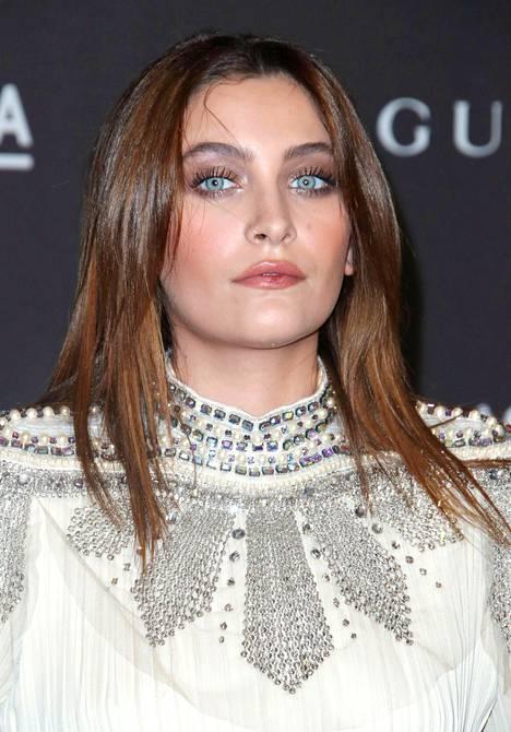 Paris Jackson ajautui lähipiirin mukaan erittäin huonoon kuntoon Leaving Neverland -dokumentin tultua ensikatseluun Sundancen elokuvafestivaaleilla.