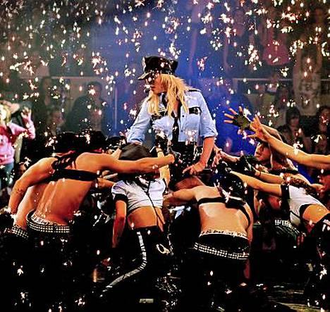Britney Spears esiintyy viikon päästä torstaina Suomessa.