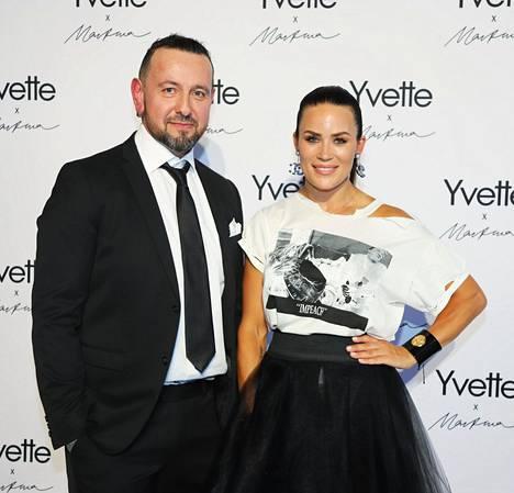 Martina ja Esko vuonna 2019.