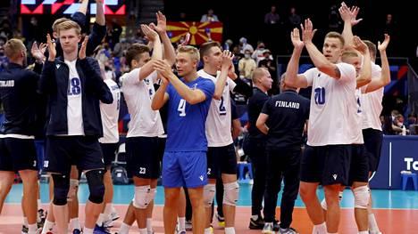 Suomi on aloittanut lentopallon EM-kotikisat kahdella voitolla.