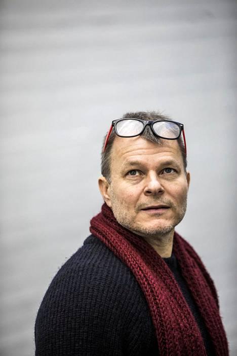 Maailmanpolitiikan professori Teivo Teivainen.