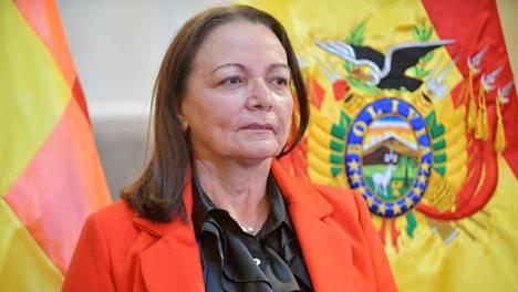 Bolivian terveysministerillä Eidy Rocalla on todettu koronavirustartunta.