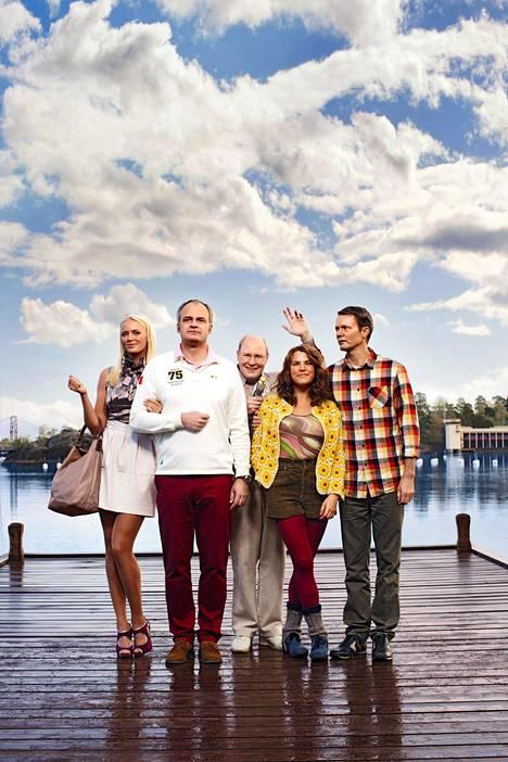 Mickan, Fredde, Anna ja Alex ovat Oven parhaita ystäviä. Hän ei yleensä huomaa, että ystävyys on melko yksipuolista.