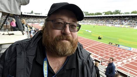 Juha Kylänpäälle viikonlopun Ruotsi-ottelu oli kuuluttajana viides peräkkäinen.