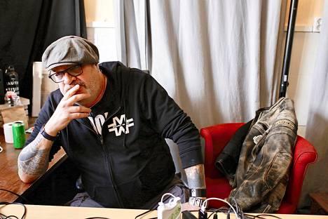 Radio-ohjelman tekeminen on ollut Jussi Lammille tärkeää. On ollut kaiken toimettomuuden keskellä joku juttu, mitä odottaa, Lampi sanoo.