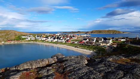 Pykeija oli kuihtumassa kartalta 1980-ja 1990-luvuilla, kun kalastus väheni ja kalanjalostustehtaat suljettiin. Nyt turismi on lisääntynyt ja koronakesä toi uusia matkailijoita Pohjois-Norjaan.