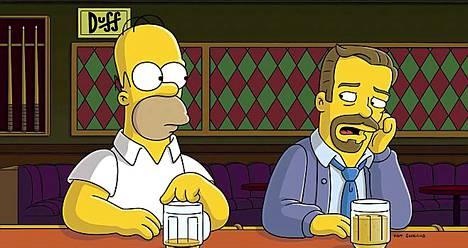 Duffin äärellä ongelmia sarjassa on ratkonut muun muassa Ricky Gervais (oik.)