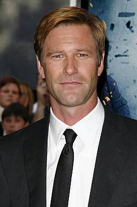 Aaron Eckhart näyttelee uudessa elokuvassa Gotham Cityn yleistä syyttäjää Harvey Dentiä.