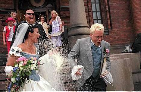 Pentti Neumann ja Diana menivät naimisiin Uspenskin katedraalissa vuonna 2007.