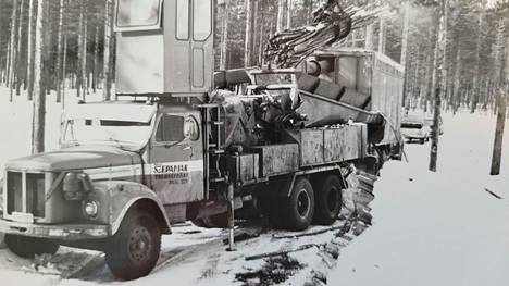 Szepaniak Yhtiöt Oy:llä ja Scanian kuorma-autoilla on pitkä yhteinen taival kotimaisen metsäenergian toimittamisessa teollisuuden ja lämpölaitosten käyttöön.