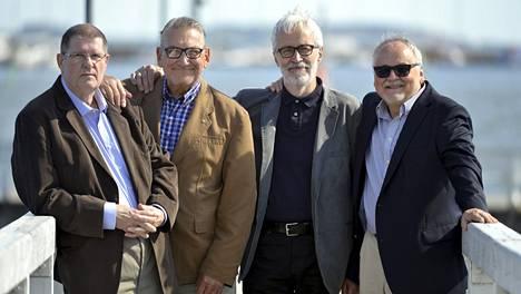 """Vuonna 1965 perustettujen Kivikasvojen alkuperäiskokoonpanoon kuuluivat Matti """"Fredi"""" Siitonen (vas.), Ilkka Hemming Lähteenmäki, Georg """"Jori"""" Dolivo ja Ismo """"Saja"""" Sajakorpi."""