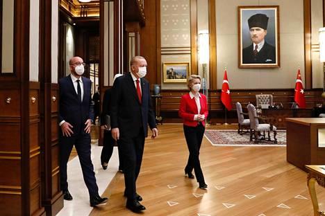 Erdogan otti von der Leyenin ja Michelin vastaan Ankarassa.
