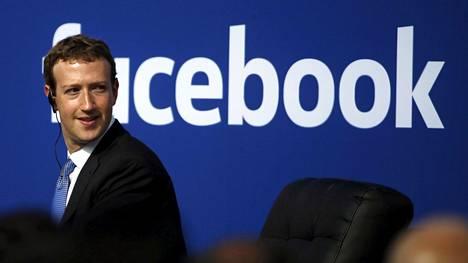 Mark Zuckerbergin mukaan Facebookilla aiotaan siirtyä laajasti etätöihin.
