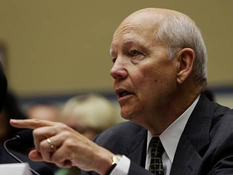 John Koskinen, IRS:n komissaari sanoi, että verottaja on estänyt miljoonia epäilyttäviä tietohakuja.