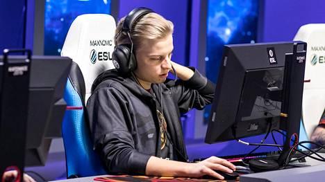 """Aleksi """"Aleksib"""" Virolainen pelaa ENCE-paidassa viimeistä kertaa Berliinin Major-huipputurnauksessa, joka alkaa suomalaisjoukkueen osalta keskiviikkona 28. elokuuta."""