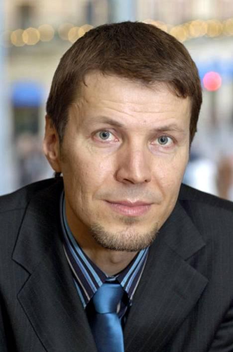 - Ammattiliittojen ja niiden jäsenten asiantuntemusta tulisi hyödyntää sekä opetushallinnon että oppilaitosten toimintoja kehitettäessä, korostaa Tietoalat STTK:n puheenjohtaja Tapio Huttula.