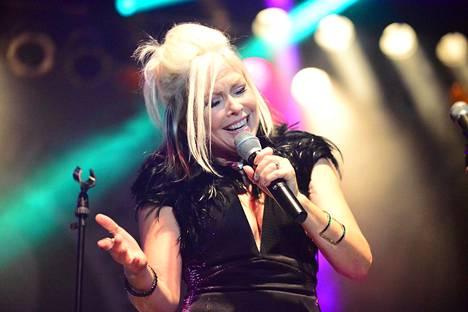 59-vuotias Terri Nunn tunnetaan näyttelijänä ja laulajana.