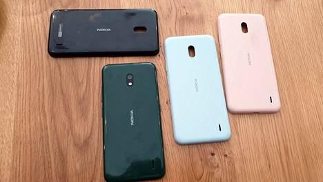 Moni HMD:n Nokia-mallisarja on ehtinyt kolmanteen versioon asti. Yhtiö kauppaa värikuoria Nokia 2.2:een.
