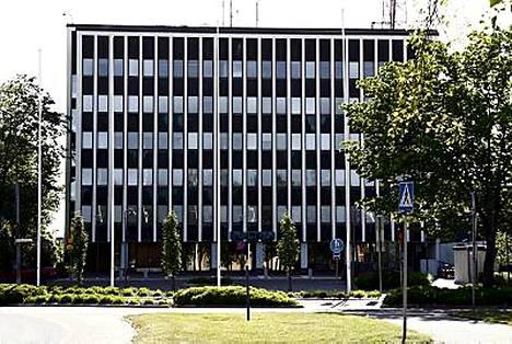 Poliisi vaati Ulvilan murhasta epäillyn vangitsemista esimerkiksi tunnistusrivin, profiloinnin ja tietokoneelta löydetyn kuvan vuoksi.