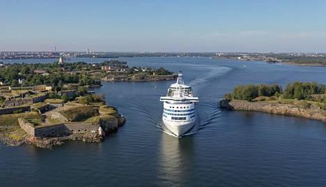 Silja Serenade jää Helsinkiin tiistaina aamulla, jos Suomen Merimies-Unionin tukitoimet toteutuvat.