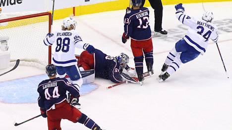Auston Matthews kruunasi Toronton uskomattoman nousun jatkoajalla.
