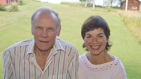 Jorma ja Reetta Hynninen Leppävirralla kesällä 2010.