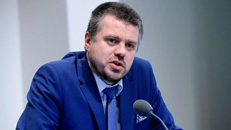 Viron ulkoministeri Urmas Reinsalu toivoisi yhteisiä käytäntöjä matkailun suhteen Suomen kanssa.