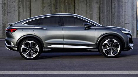 Suunnilleen tältä näyttää Audin sähköautouutuus ensi vuonna. Konseptiauton sarjatuotantoversio on Audin seitsemäs täyssähköautomalli.