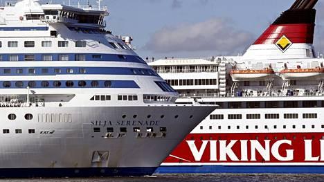 Sekä Siljan että Vikingin miehistö ilmoittivat merivartiostolle oudosta valosta meressä.