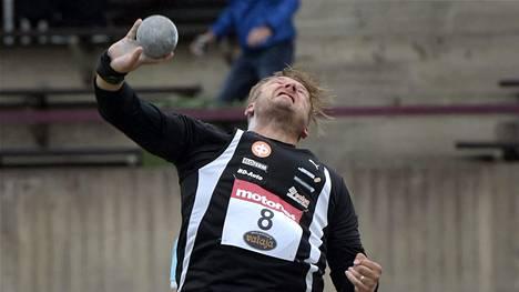 Conny Karlsson työnsi Kalevan kisojen finaaliin tuloksella 15,97.