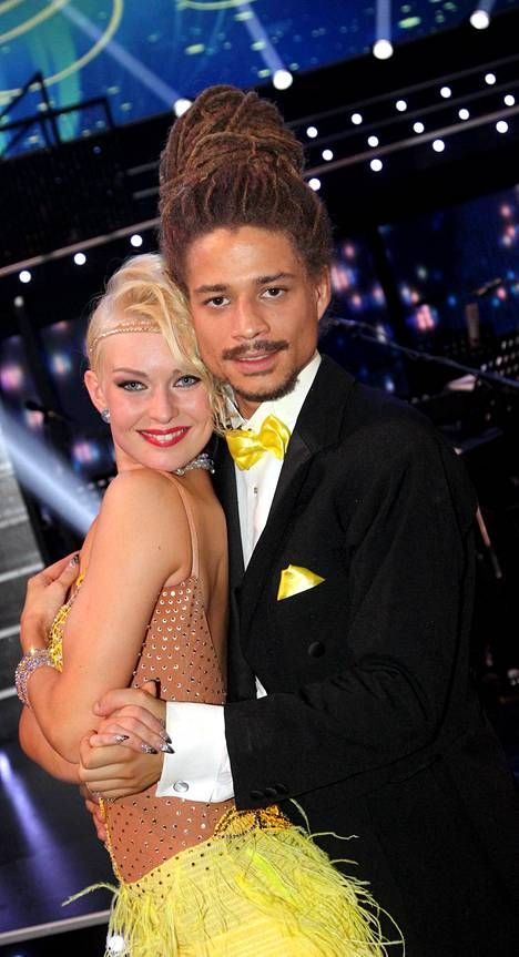 Juno kilpaili Tanssii tähtien kanssa -kilpailussa vuosi sitten.