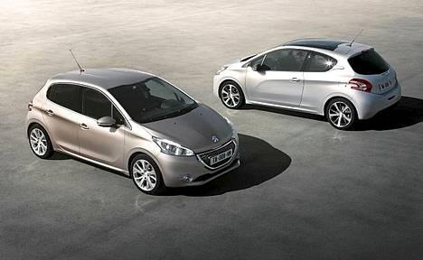 Peugeot 208 on ulkomitoiltaan pienempi kuin edeltäjänsä, nykyinen 207.