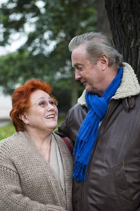 Sirpa ja Jukka Kuoppamäki ovat olleet naimisissa lähes 60 vuotta. Lapsia on seitsemän ja lapsenlapsia kahdeksan.