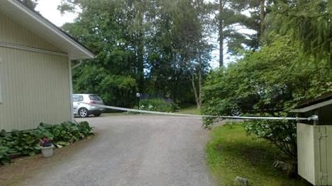 Epäilty henkirikos tapahtui omakotitalossa, jossa nainen asui. Poliisi on epäillyt naisen joutuneen henkirikoksen uhriksi 6.–7. heinäkuuta.