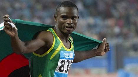 Sydney Siamen hallussa on 100 metrin kauden kärkiaika 9,88.