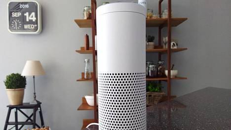 Alexa-tekoälyllä varustetut Amazonin Echo-älykaiuttimet kuuntelevat käyttäjiään jatkuvasti.